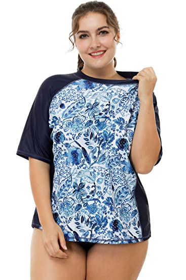 59cd7778e5e Image Unavailable. Image not available for. Color: Sociala Womens Plus Size  Rashguard UPF 50+ Short Sleeve Rash Guard ...