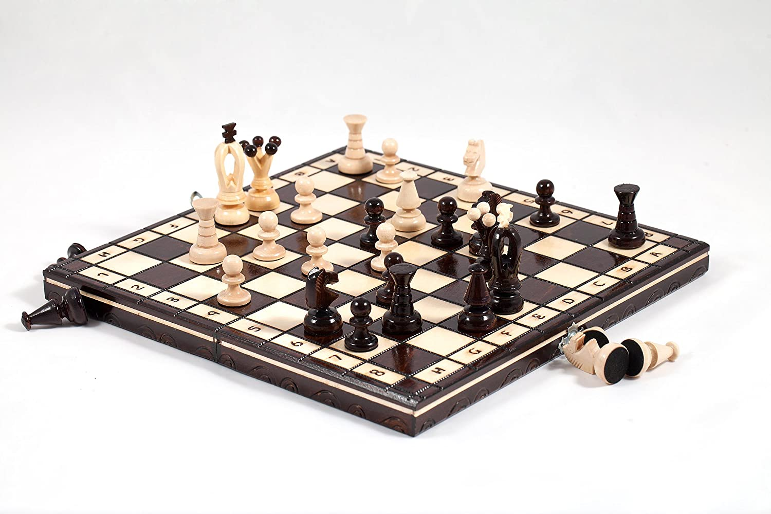 ''THE KINGDOM'' WOODEN CHESS SET - STUNNING HAND CRAFRED 31x31cm Prime Chess