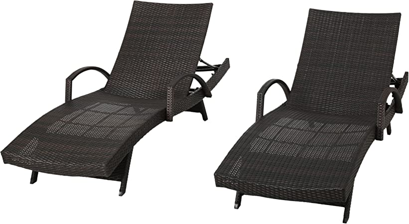 Amazon Com Set Of 2 Olivia Outdoor Brown Wicker Armed Chaise Lounge Chair Furniture Decor