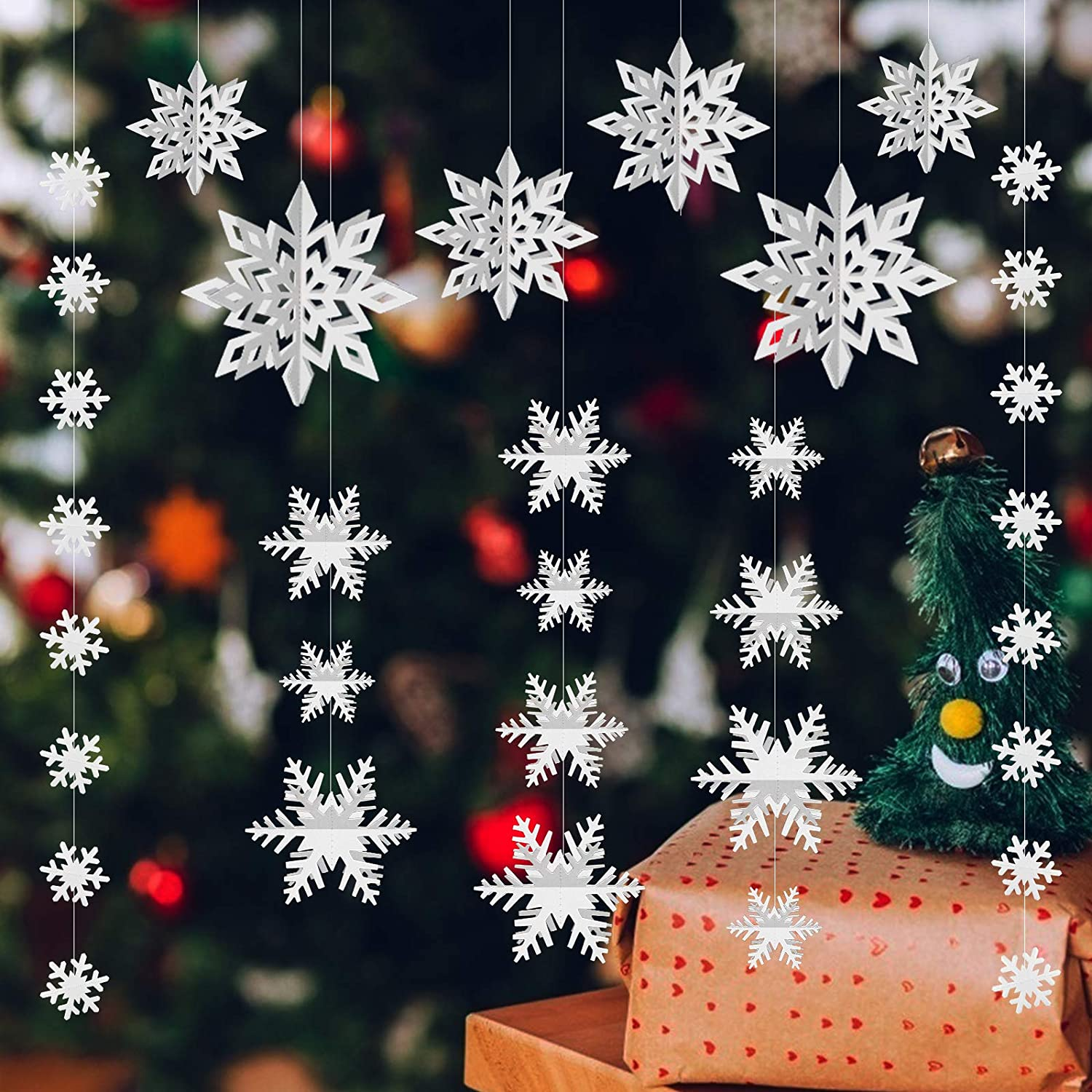 LOVESTOWN 76 Pcs Snowflake Ornament, Winter Christmas Hanging Snowflake Decorations 3D Glittery Large White Snowflake for Christmas Winter Wonderland Holiday New Year Party Home Decorations