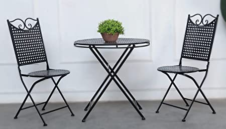 : Garten Set Landhaus, ein Tisch und zwei Stühle
