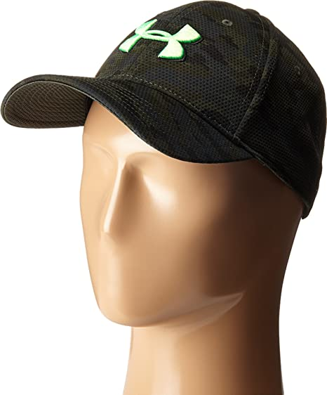 Under Armour Men s UA Print Blitzing Stretch Fit Cap Combat  Green Black Laser Green 03770c25654b