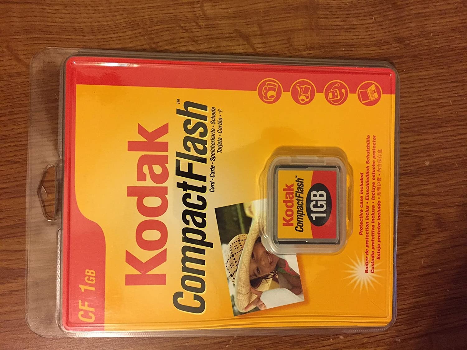 Kodak 1GB Compact Flash Memory Card,Retail Package (KPCF1GBSCN)