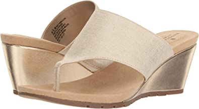 4bd7a77e124f Amazon.com  Bandolino Womens Sellia  Shoes