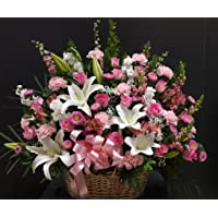 GoldenCart Fresh Flower Delivery of Garden Fresh PREMIUM FLOWERS packed in Exquisite and Exotic packaging to Convey that 'special feeling' of 'Pure love and Commitment' to your loved ones