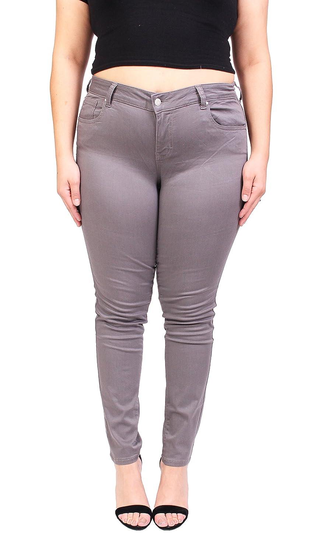be27b6db2b5d Amazon.com  Celebrity Pink Women Plus Size Basic Grey Skinny Jeans 14 Grey   Clothing