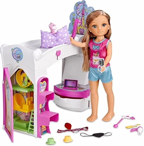 Amazon.es: Nancy día en la habitación mágica (Famosa 700013642): Juguetes y juegos