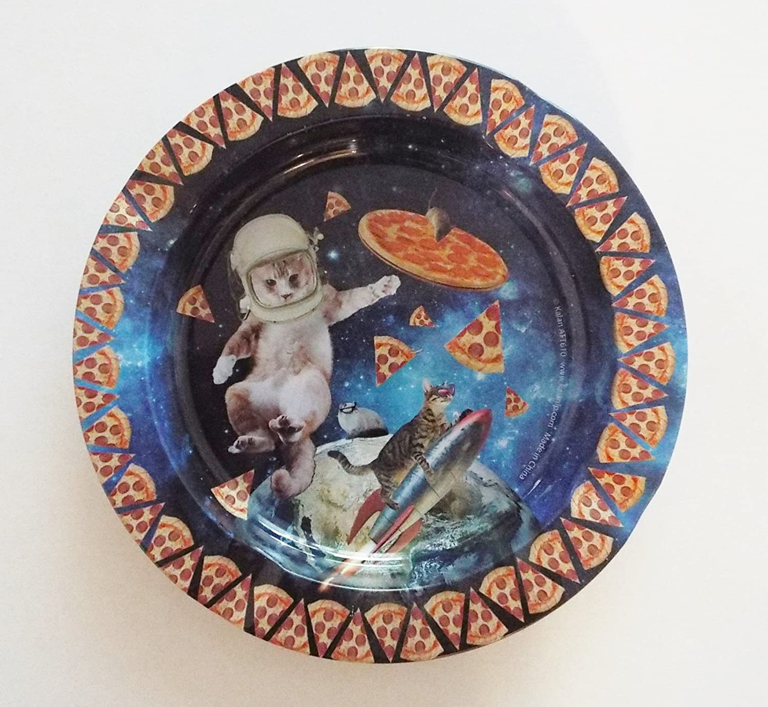 Cats and Pizza in Space Design -Tin Ashtray kalan