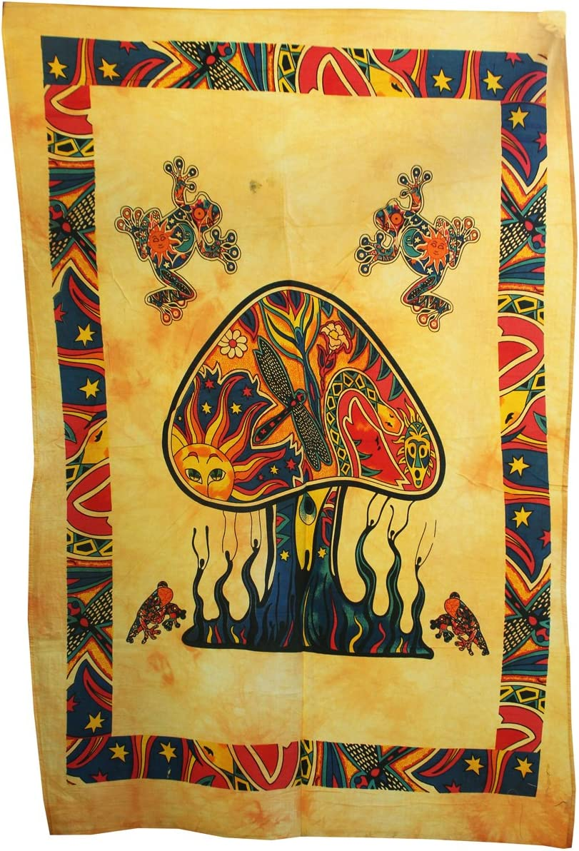 Yellow Color Shubhlaxmifashion Psychedelic Mushroom Tapestry Frogs Magic Shrooms Tapestry Dorm Tapestry Hippie Tapestry Wall Hanging Fantasy Bohemian Trippy Animal Wall Art
