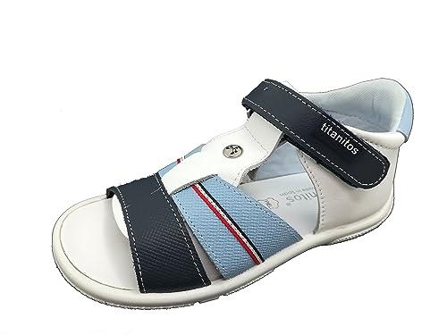 81d9066d9 Titanitos Sandalia Niño Piel - Lavable  Amazon.es  Zapatos y complementos