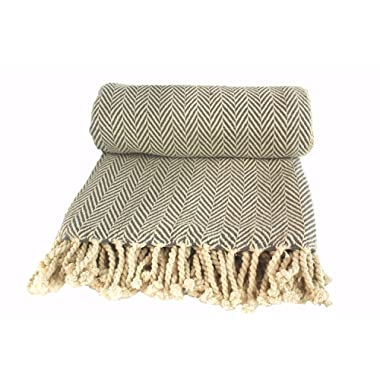 Aztocratic Zyanya Collection 100% Cotton Knitted Throw Blanket, Premium Chevron Pattern, Ivory+Dark Grey Color Throw Blanket for Sofa/Bed or Couch, Soft and Cozy Feel, Ideal for All Year Round Use.
