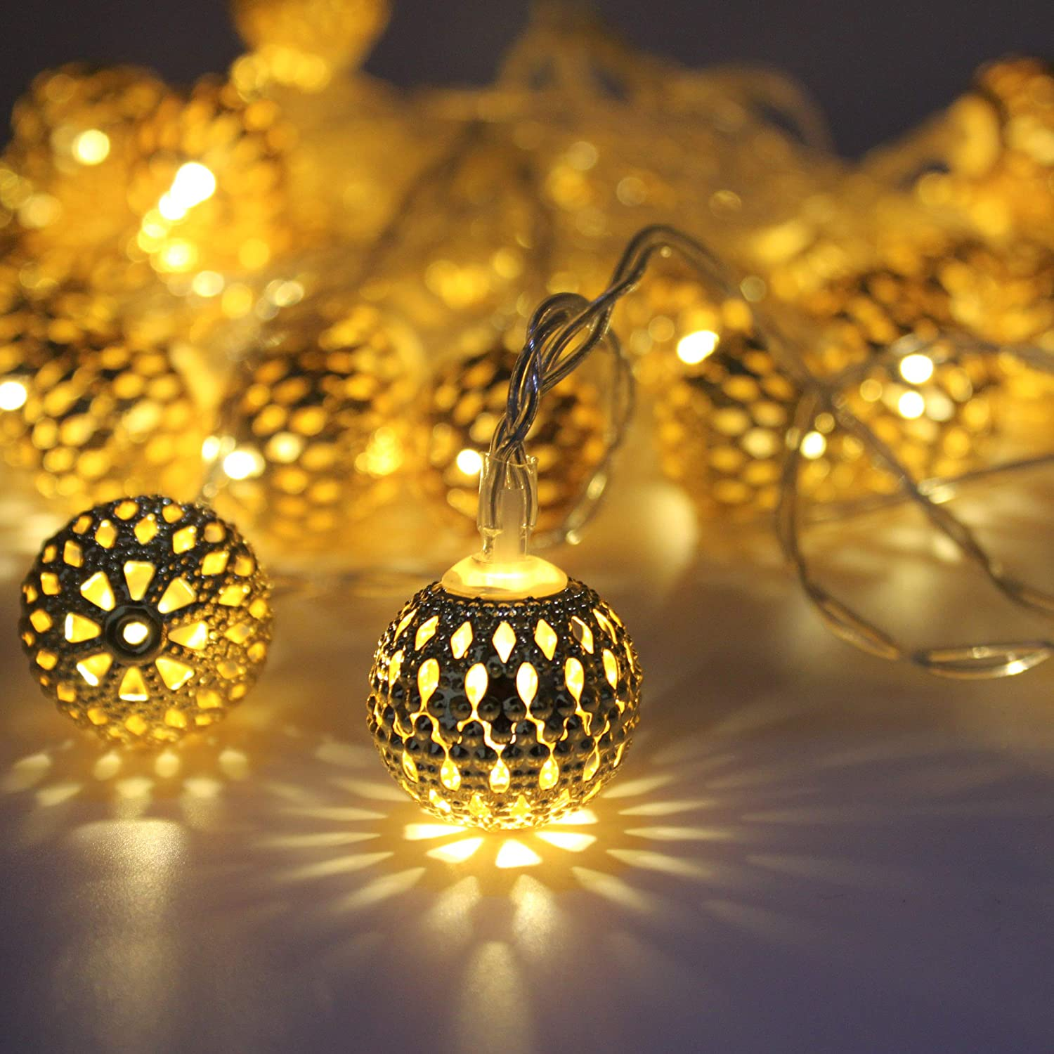 LOUIS CHOICE LED Globe String Lights, Decorative Moroccan Orb, 40 Golden Metal Balls, Bright Warm Light, Battery Powered