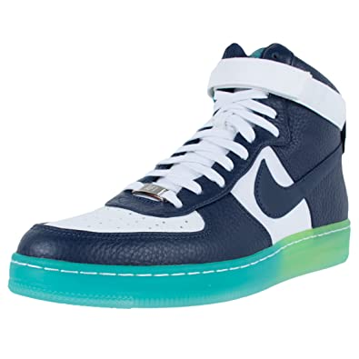 huge discount 7a626 0849e Jordan Men's CP3.XI Basketball Shoes (8-M, Black/Gold)