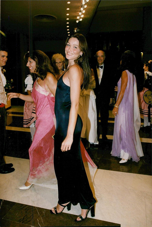 Amazon Com Vintage Photo Of Carla Bruni Entertainment Collectibles
