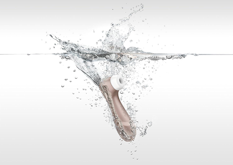 satisfyer-pro-2-anwendung-im-Wasser