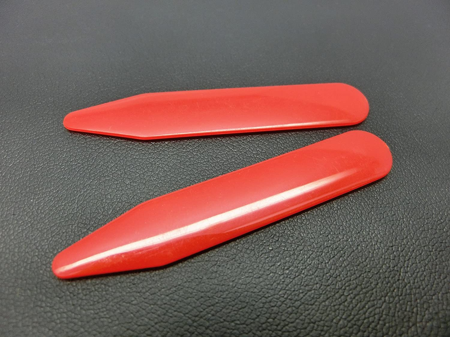 2.2 Shang Zun 30 Pcs Red Plastic Collar Stays in Clear Box
