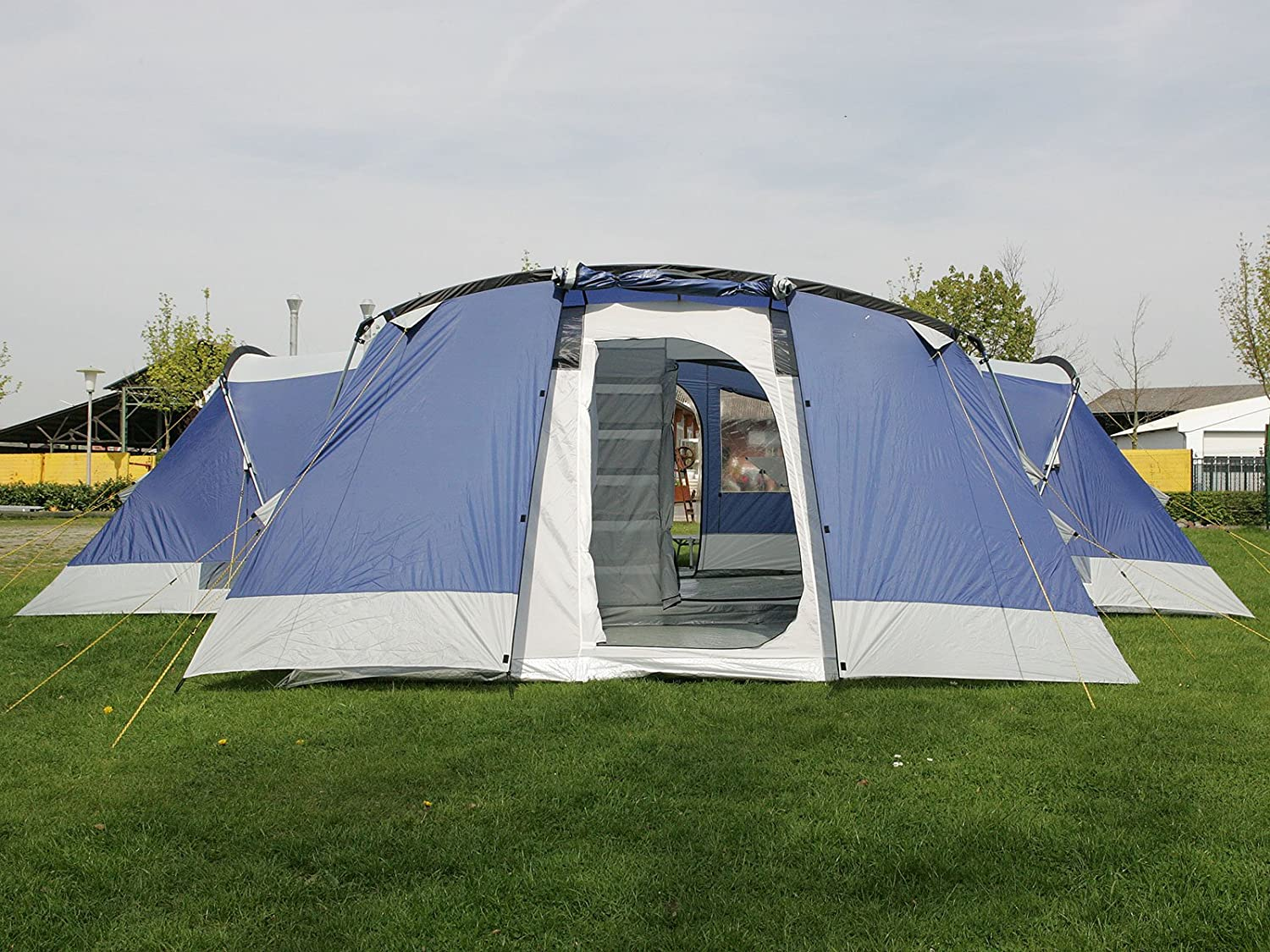 Skandika Nimbus Family Group Hybrid Design Tunnel Tent 3 Sleeping Rooms Moveable Front Wall 200 cm Peak Height Blue 12-Person/Large Amazon.co.uk ... & Skandika Nimbus Family Group Hybrid Design Tunnel Tent 3 Sleeping ...