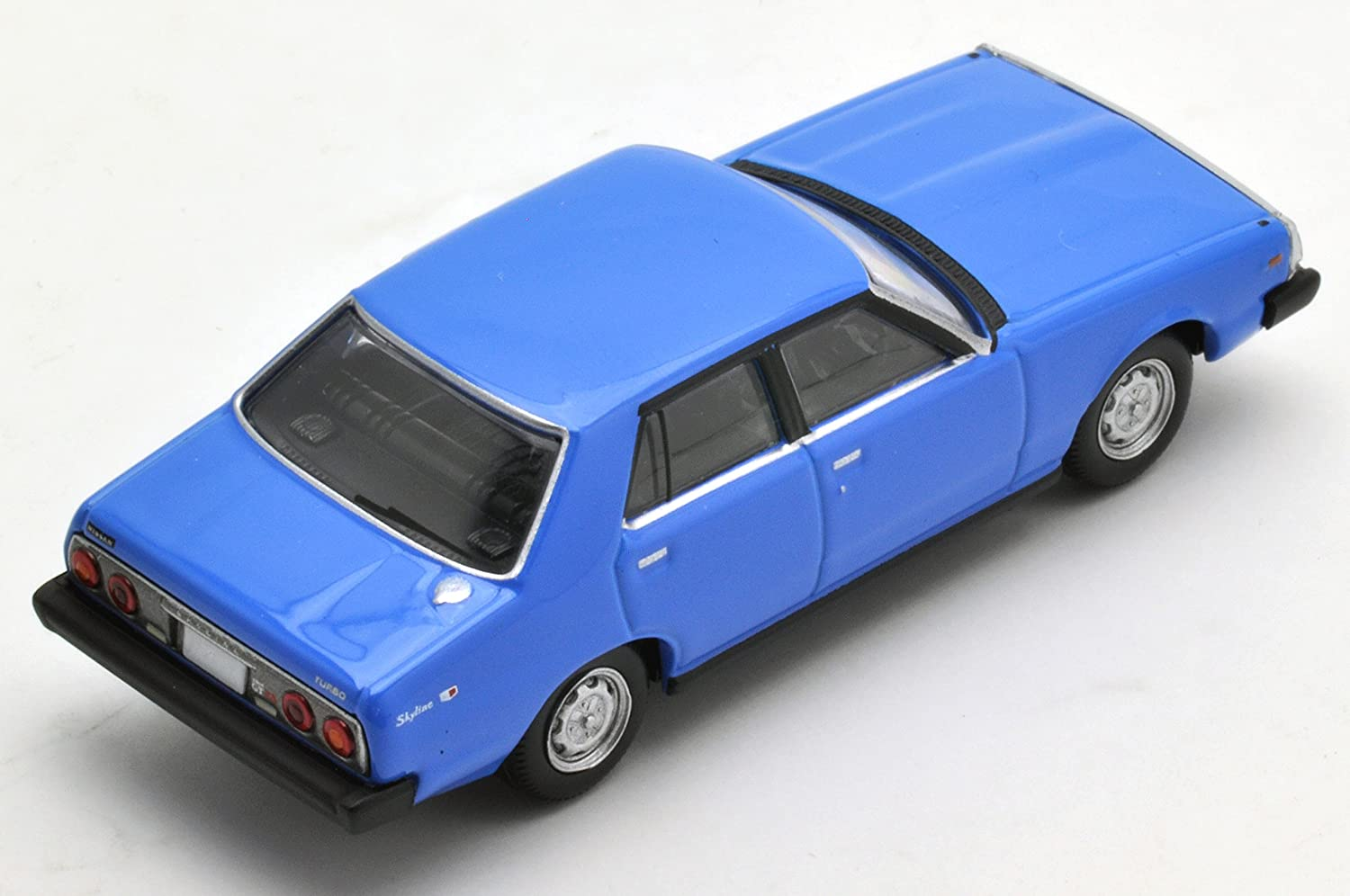 Amazon.com: Tomica Limited Vintage Neo LV-N111a Nissan Skyline 2000 Turbo GT-E · S blue: Toys & Games