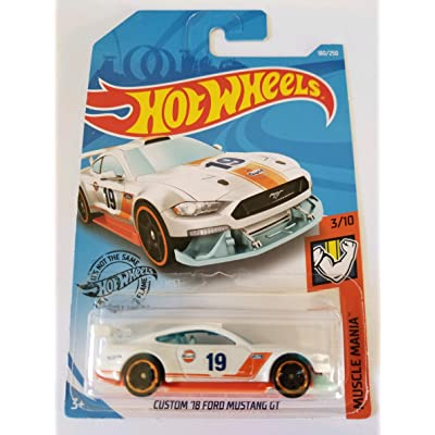 Hot Wheels 2020 Muscle Mania Custom '18 Mustang GT, 180/250 White: Toys & Games