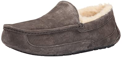 ace9849ee273 UGG Australia Men s Ascot Suede Slippers - Charcoal 7 D - Medium