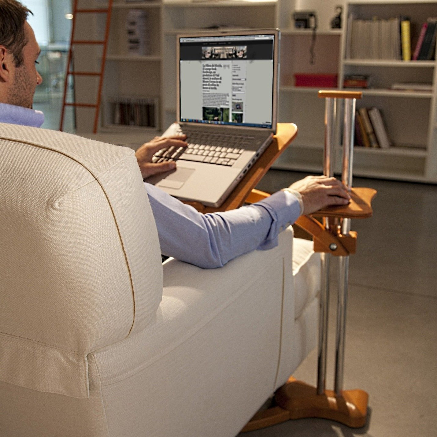 Lounge-wood Hot - Laptop Table by Lounge-Tek srl 100% Made in Italy