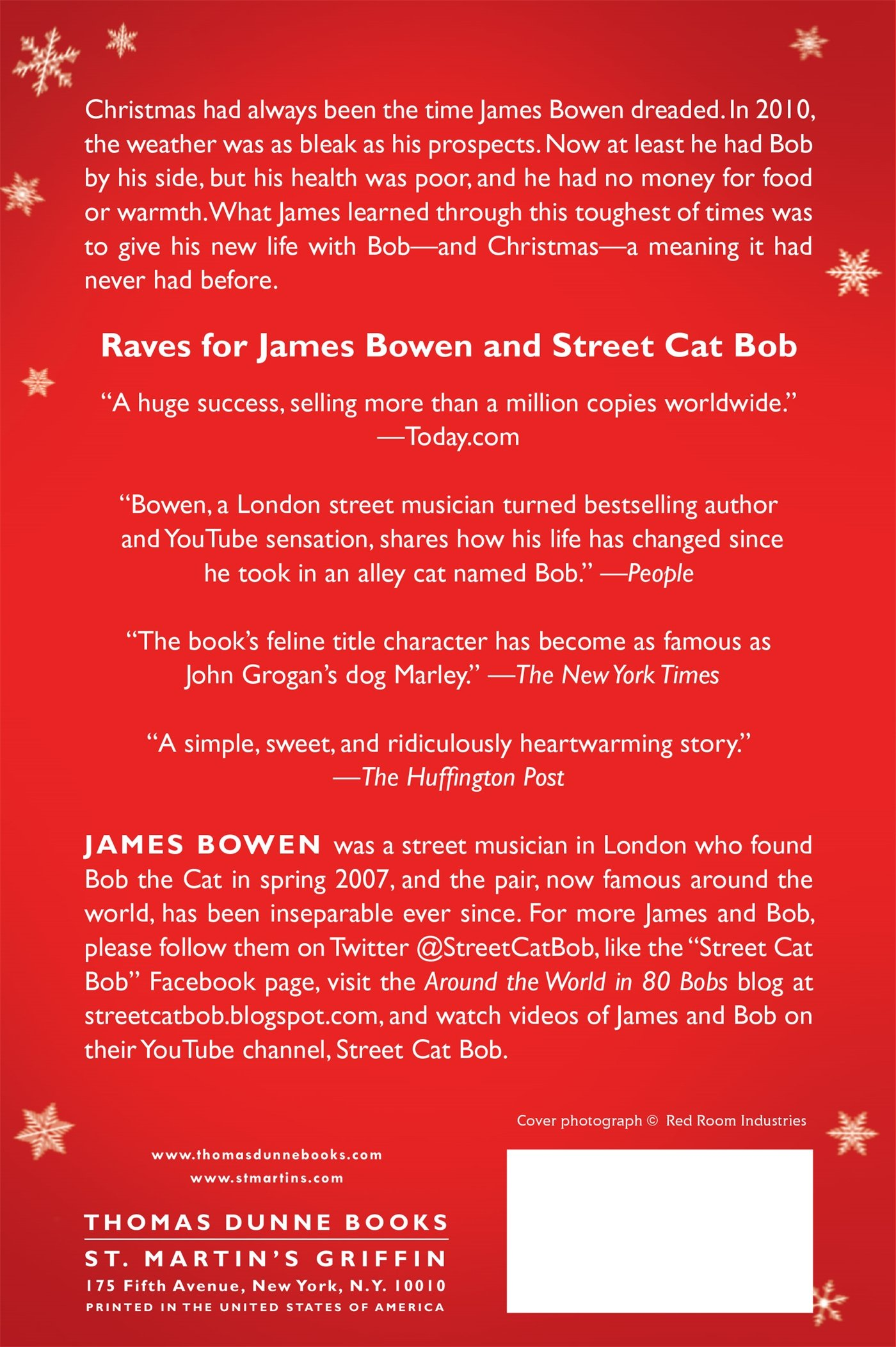 A gift from bob how a street cat helped one man learn the meaning a gift from bob how a street cat helped one man learn the meaning of christmas james bowen 9781250104960 amazon books fandeluxe Gallery