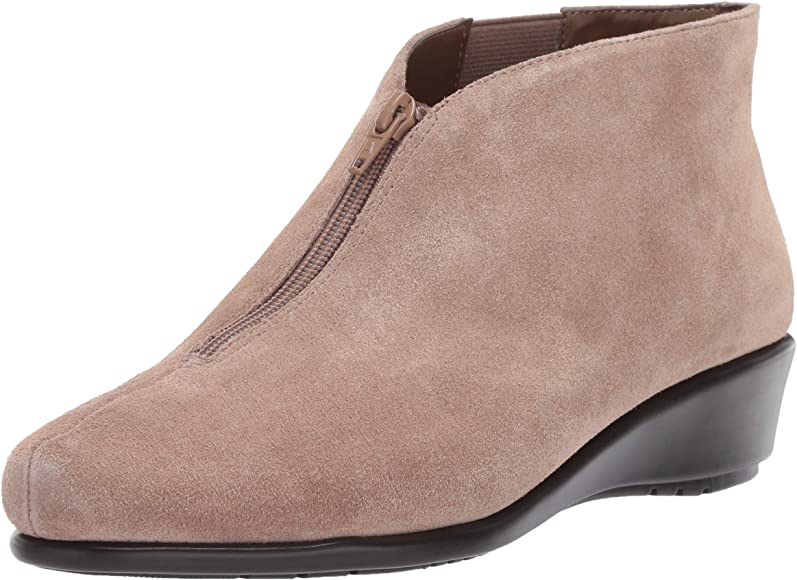 Allowance Loafer, tan Suede