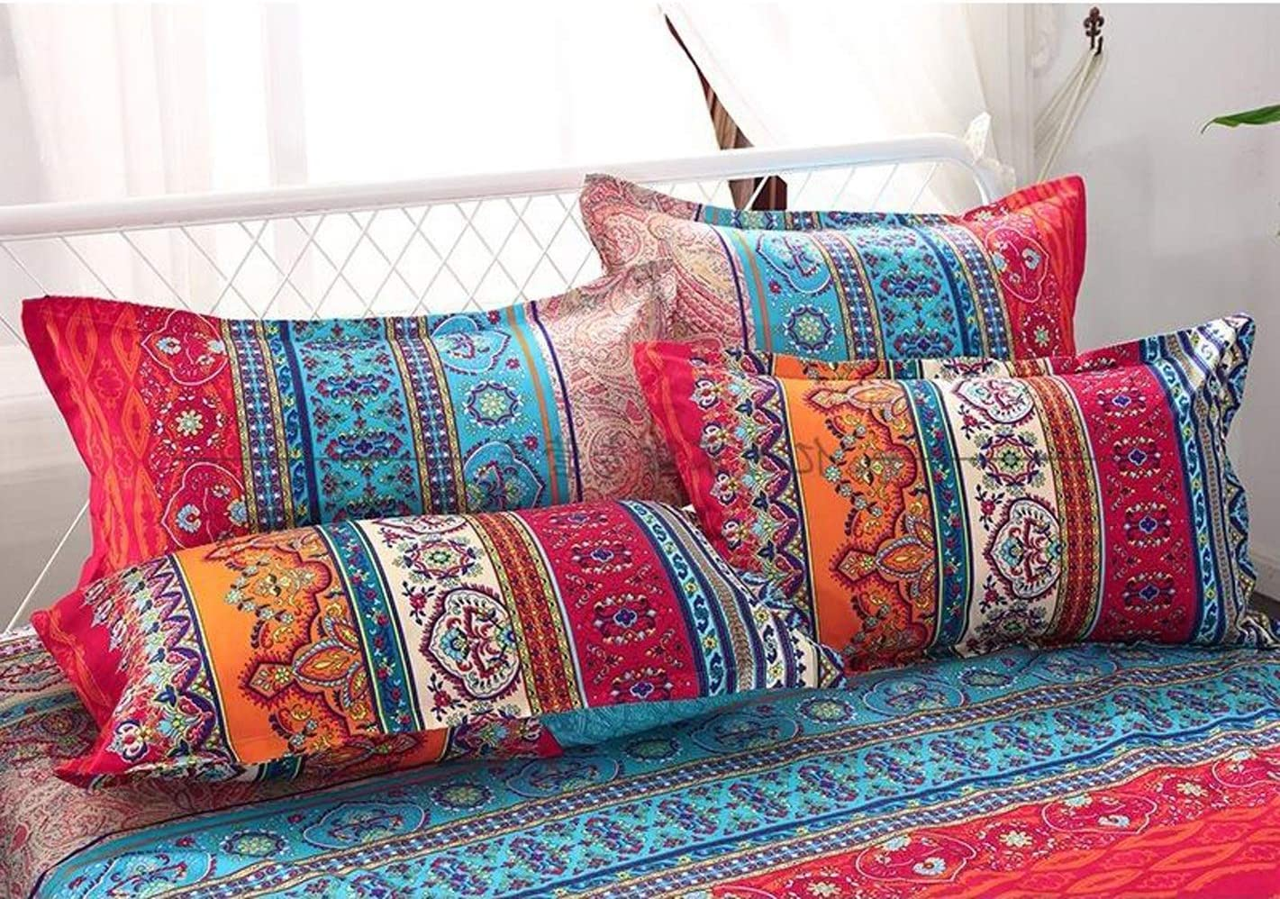 Bedding Set of 4 Quilt Covers 150x210cm Season Vintage Double Bed Cover Red Bohemian Style Covered Cotton 1 Quilt Cover and 2 Pillows 1 Sheet