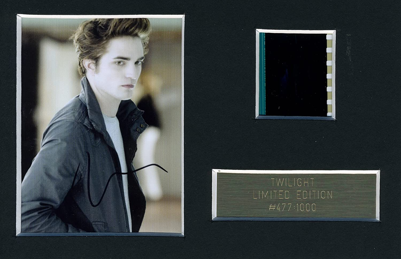 Cimelio del film Twilight, con autografo su immagine della pellicola originale di Edward Cullen
