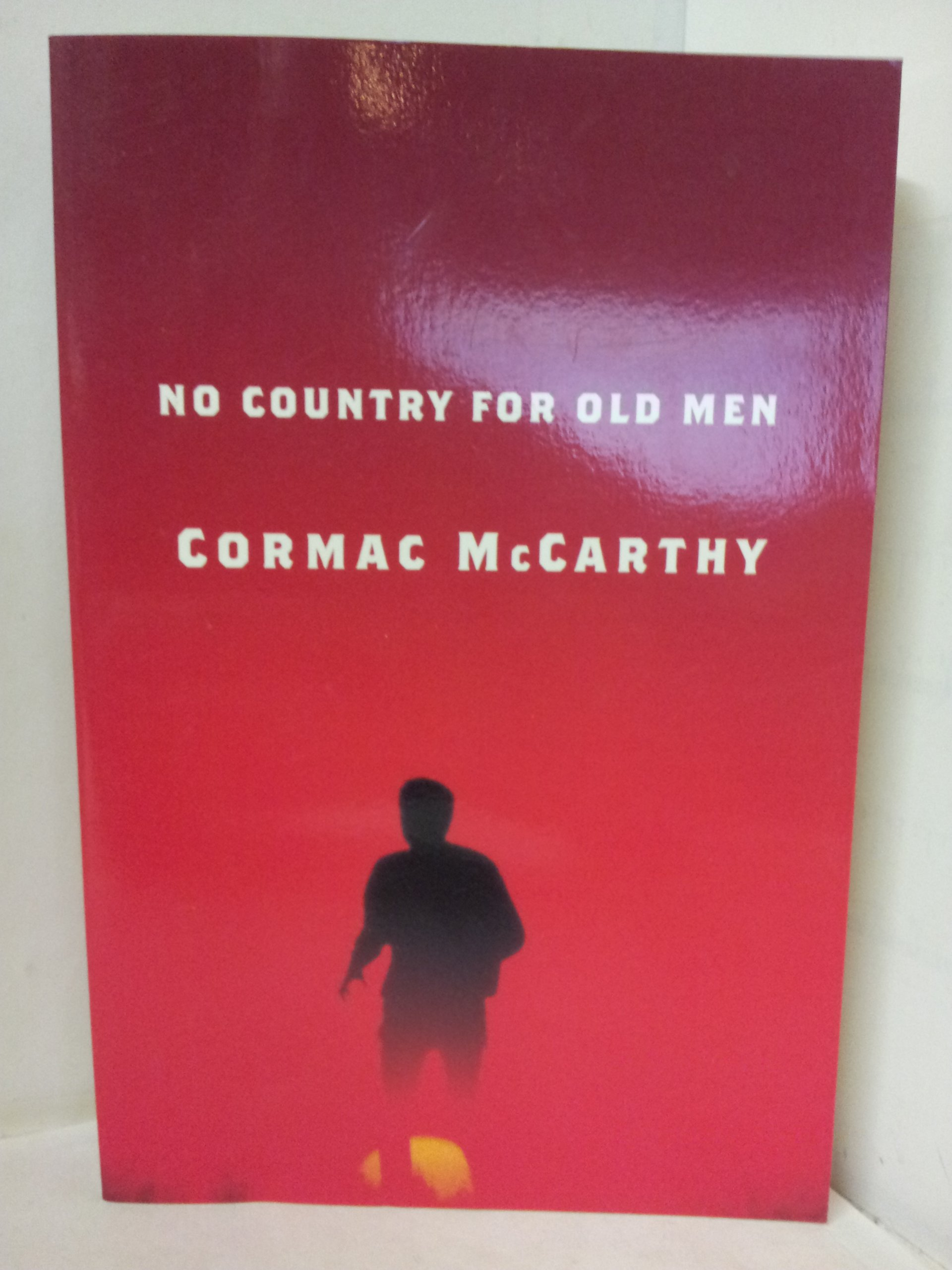 No Country For Old Men: Cormac Mccarthy: 9780739465318: Amazon: Books