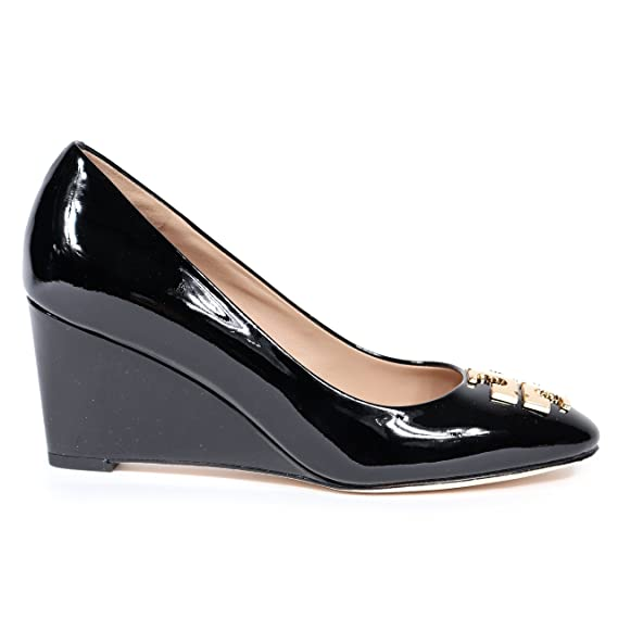 577edacdb6bd6 Tory Burch 36497 001  Raleigh  70MM Wedge Black Patent Leather Pump (Women)  Size 8.5  Amazon.ca  Watches