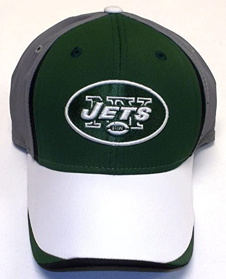 a4930714040d8 Amazon.com   New York Jets Structured Flex Reebok Hat - S M - TW85S ...