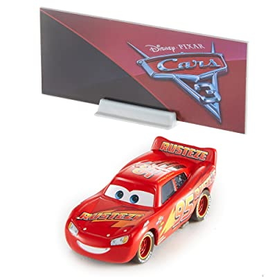 Disney Pixar Cars 3 Hero Lightning McQueen Die-cast Vehicle: Toys & Games