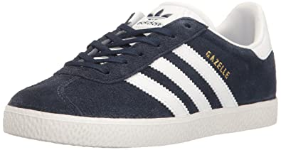 adidas Originals Boys\u0027 Gazelle J Sneaker, Collegiate Navy/White/White, 4.5