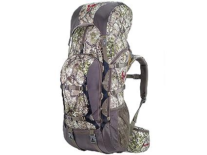 Amazon.com  Badlands Lightweight Summit Hunting Pack, Approach Camo ... f3df58e4bd