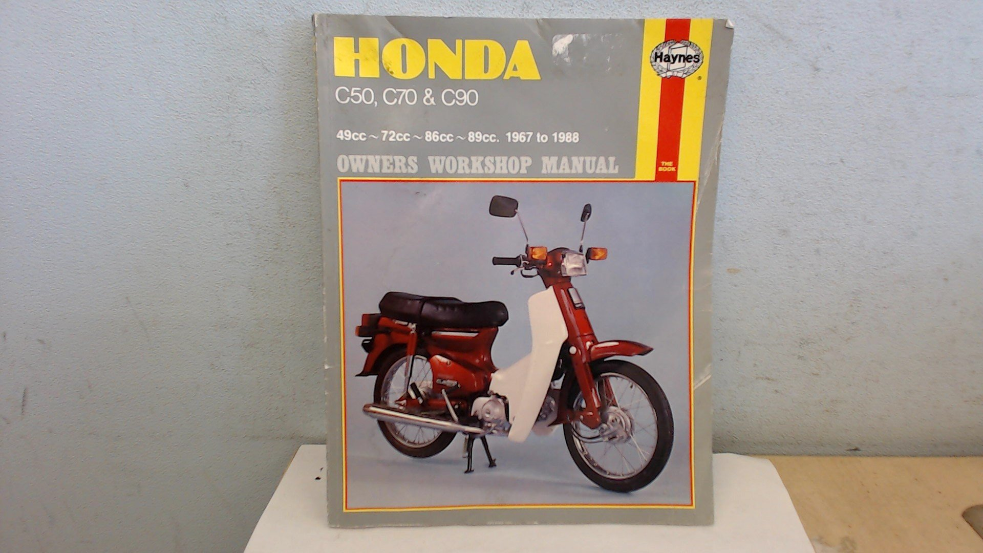 Buy Honda C50, C70 and C90 Owner's Workshop Manual Book Online at Low  Prices in India | Honda C50, C70 and C90 Owner's Workshop Manual Reviews &  Ratings ...