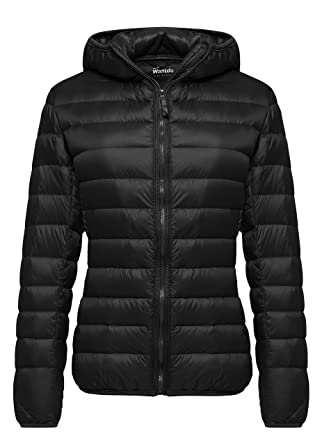 d3b4f940bf Wantdo Women's Hooded Packable Ultra Light Weight Down Coat Short Outwear( Black,US X