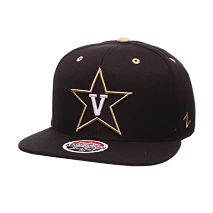 8e985912dd8ed Amazon.com   Zephyr Men s Vanderbilt Commodores Z11 ZWOOL HAT Black ...