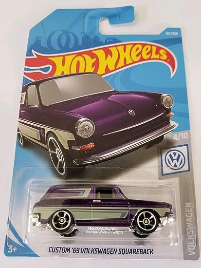 Amazon com: Hot Wheels 2019 Volkswagen 4/10 - Custom '69
