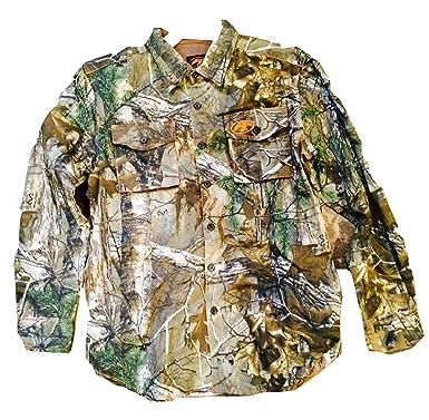 0a09ababe7 Duck Commander Long Sleeve Woven Men s Camo Shirt at Amazon Men s ...