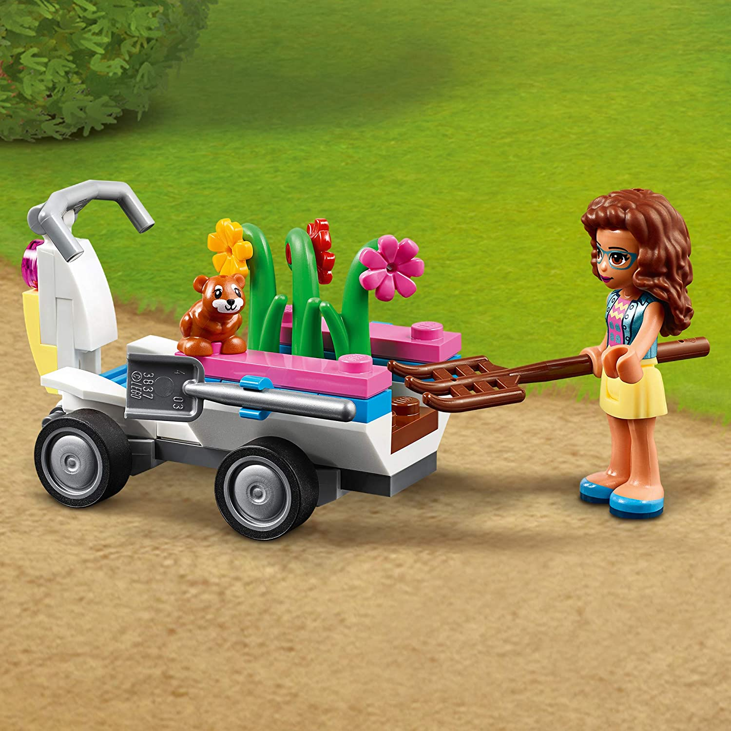 LEGO 41425 Friends Olivias Flower Garden Play Set with Tools Zobo the Robot /& Toy Go Kart