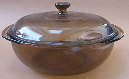 Amazon Com Pyrex 024 2 Liter Amber Glass Bakeware Dish With Lid Kitchen Dining