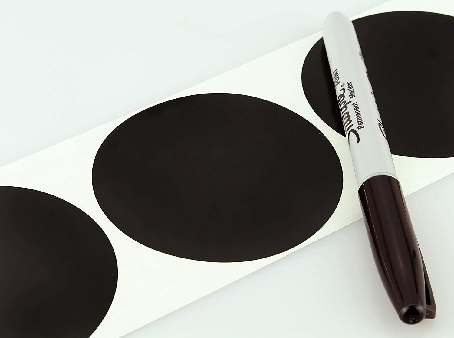 White ChromaLabel 3 inch Color-Code Dot Labels 500//Roll
