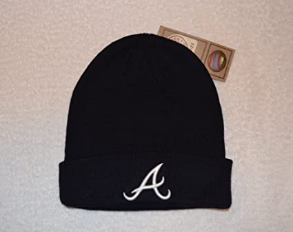 7ac52c80bb5 Amazon.com    47 Arizona Diamondbacks Black Cuff Beanie Hat - MLB Cuffed  Winter Knit Toque Cap   Sports   Outdoors