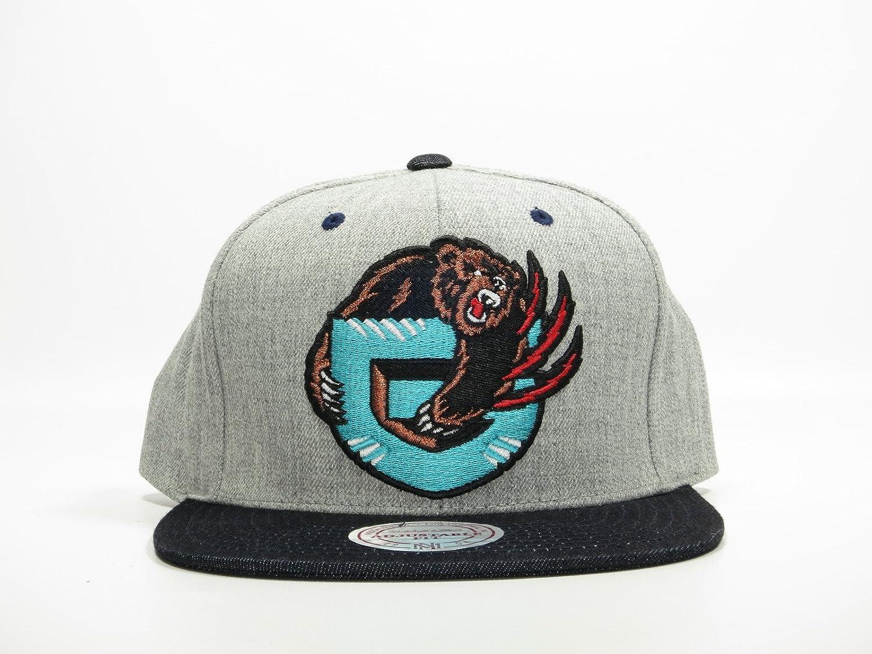 2afd237ab94 New Mitchell   Ness Indigo Denim Two Tone Grey Snapback Hat (Vancouver  Grizzlies)  Amazon.ca  Sports   Outdoors