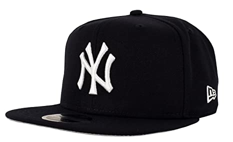 5119b12be Amazon.com : New Era New York Yankees 9Fifty High Crown Snapback ...
