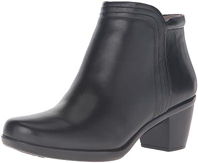 260475c2a9d Naturalizer Women s Elizabeth Boot
