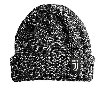 F.C JUVENTUS Cappello Invernale uomo donna con Pon Pon NUOVO LOGO Prodotto  Ufficiale calcio Juve  Amazon.it  Abbigliamento afc1dc71361d