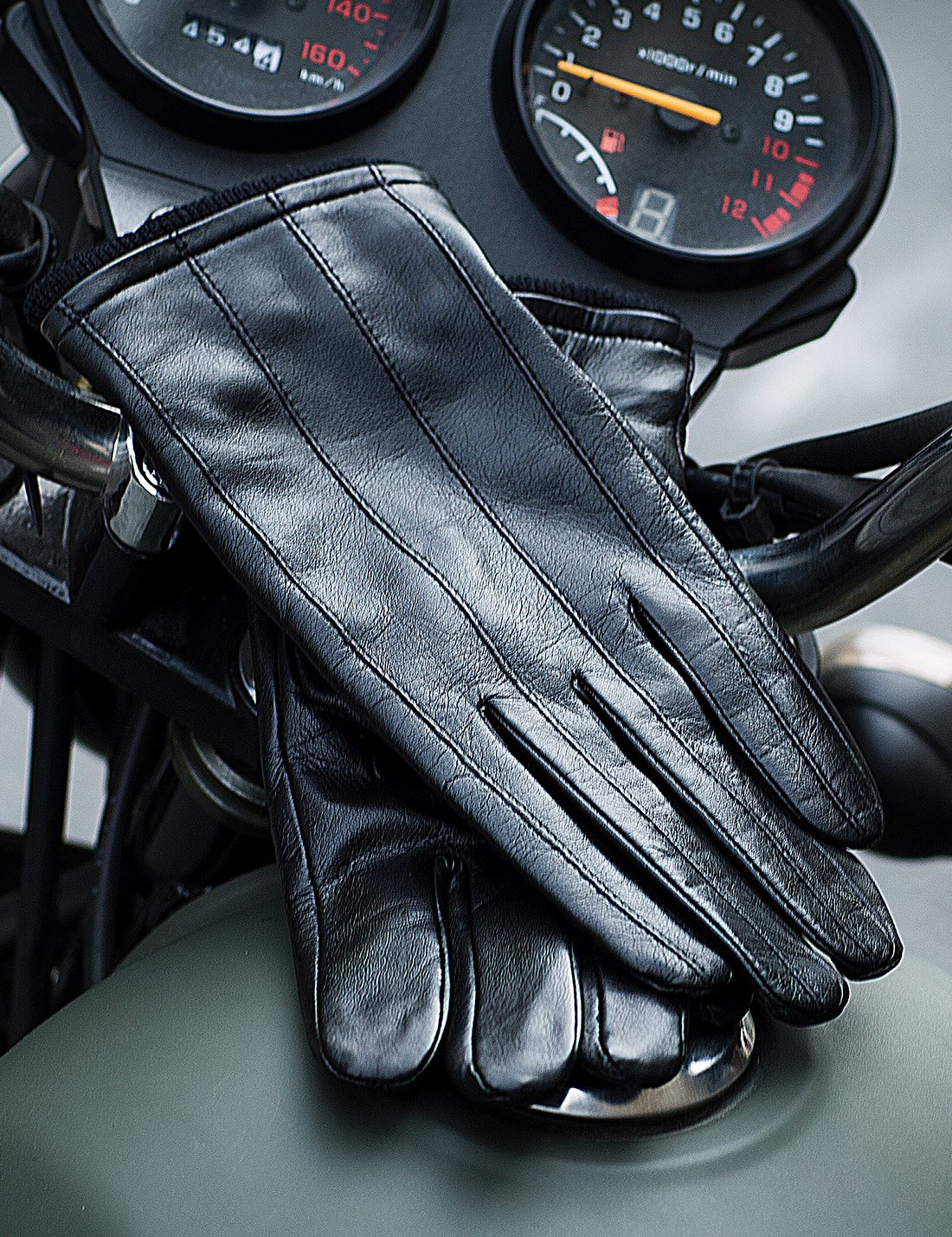 YISEVEN Men's Genuine Nappa Leather Lined Winter Gloves -Black/Touchscreen,Black,11'' by YISEVEN (Image #4)