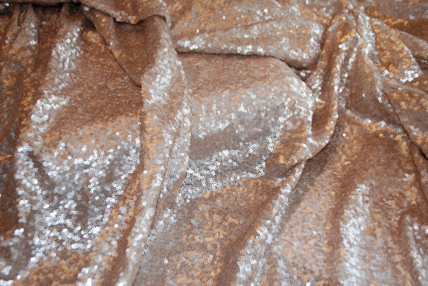 Amazon.com: ShiDianYi 12 Feet 4 Yards Sequin Fabric, By The Yard, Sequin  Fabric, Tablecloth, Linen, Sequin Tablecloth, Table Runner: Home U0026 Kitchen